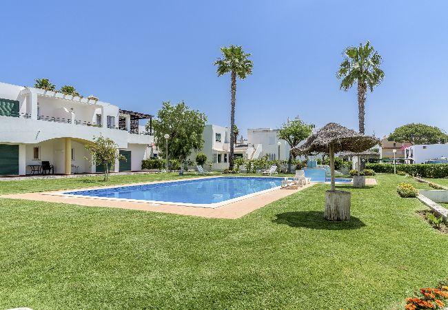 Apartamento em Vilamoura - Vilamoura House with Pool