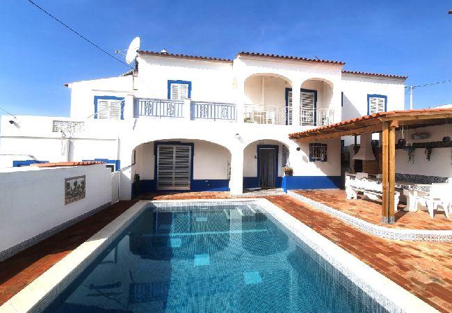 Casa em Albufeira - Albufeira Family House with Pool