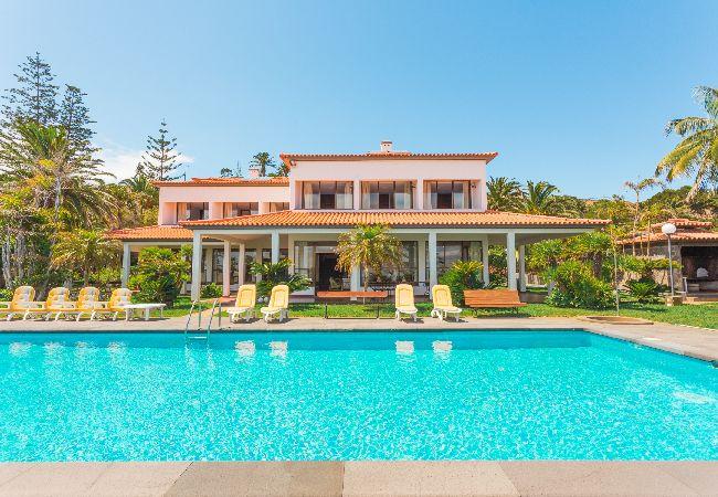 Casa em Funchal - Luxury Villa Mar with Private Sea Access