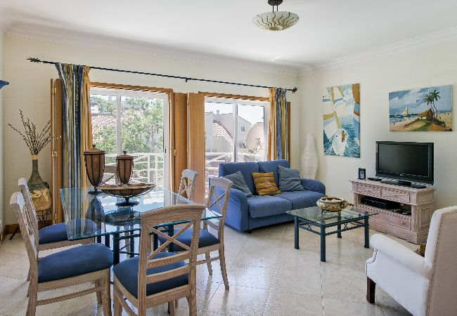 Apartamento em Vilamoura - Vilamoura Marina Flat with Balcony