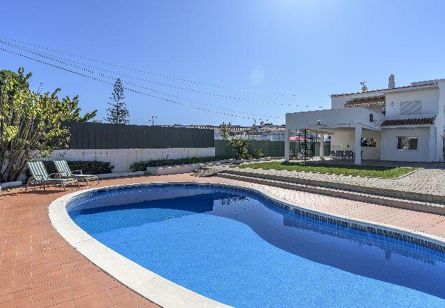 Apartamento em Albufeira - Albufeira Vila Mira Flat with Pool