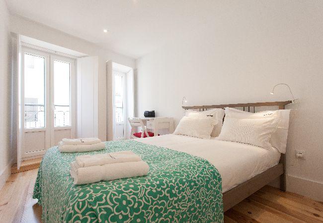in Lisbon - Alfama Bright Apartment