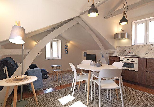 Apartment in Oporto - Cosy Loft Near River Ribeira Douro
