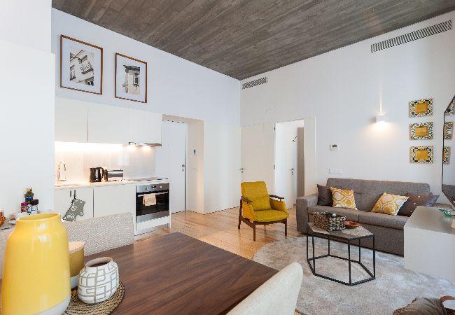 in Lisboa - Alecrim Modern Flat